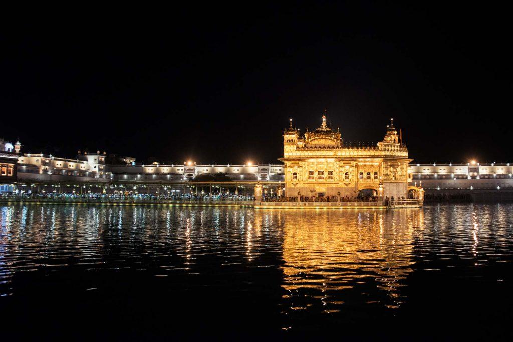 Templo dorado en Amritsar